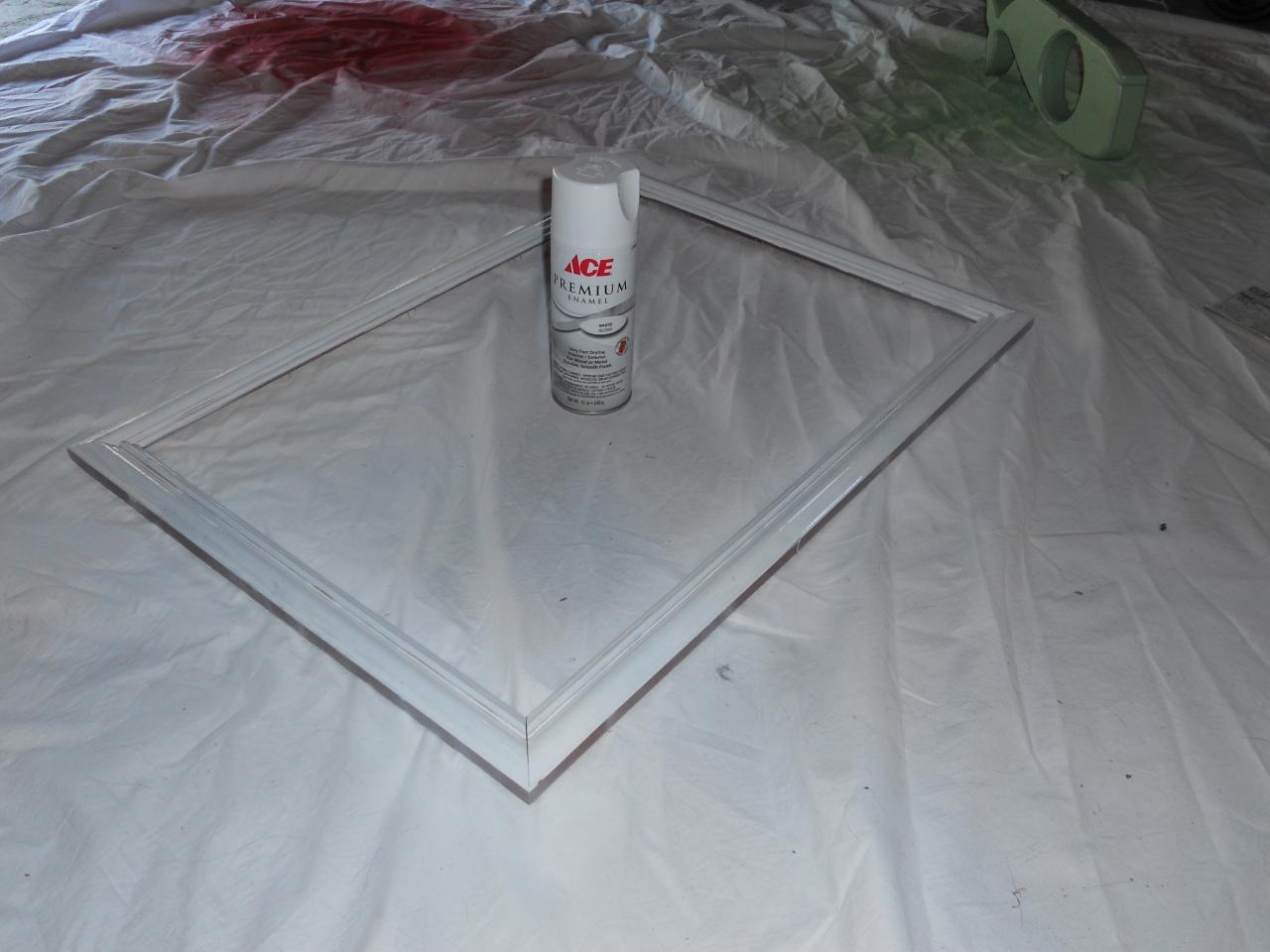 spray paint frame